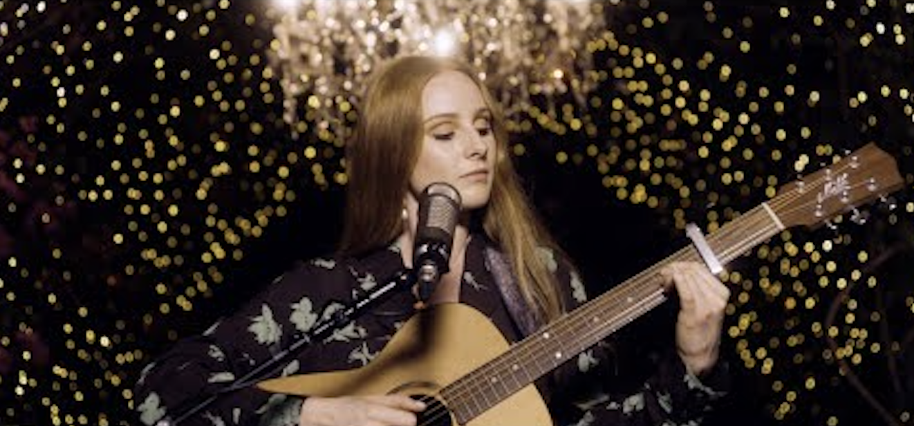Vera Blue Shares Her Video for 'Lie To Me' (Acoustic)
