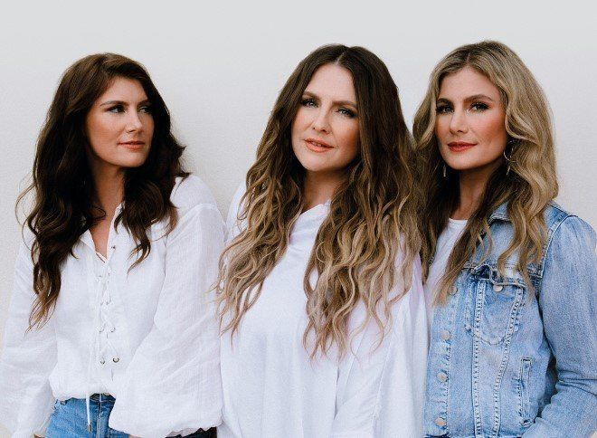 The McClymonts Nominated for 6 Golden Guitar Awards